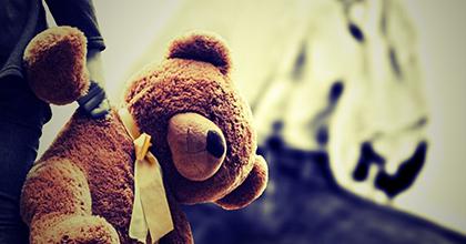 児童虐待をなくすには社会全体で育児をサポートすることが必要